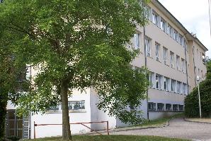 Accès du bâtiment  A au gymnase
